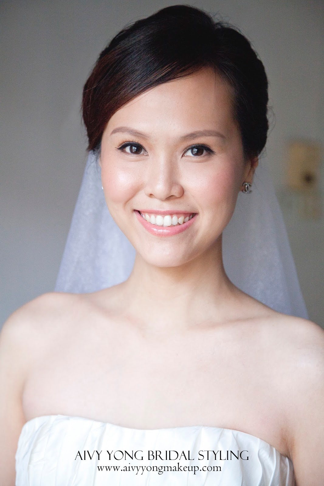 Airbrush Vs Traditional Wedding Makeup : Aivy Yong air brush bridal make up - professional makeup ...