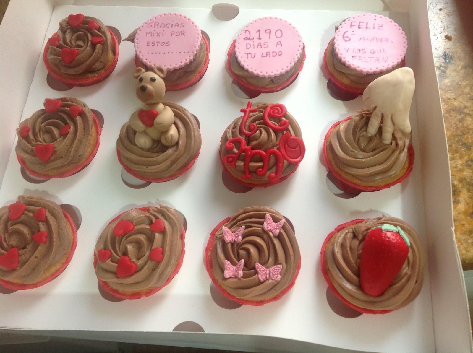 Las Dulzuras De Angeles Cupcakes Aniversario Con Mucho Amor