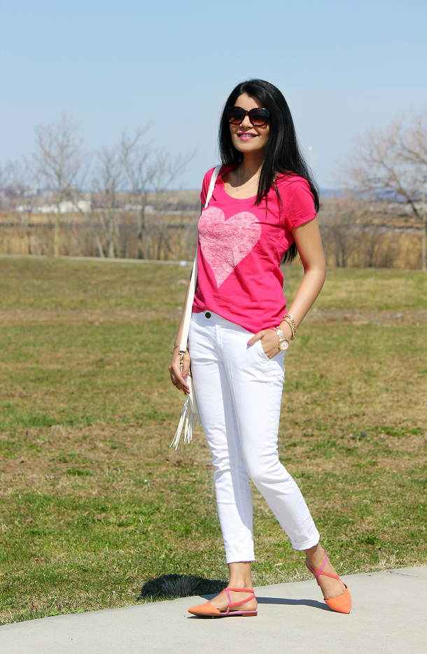Express Scoop Neck Tee, Zara Two Tone Flats, Forever 21 White Jeans