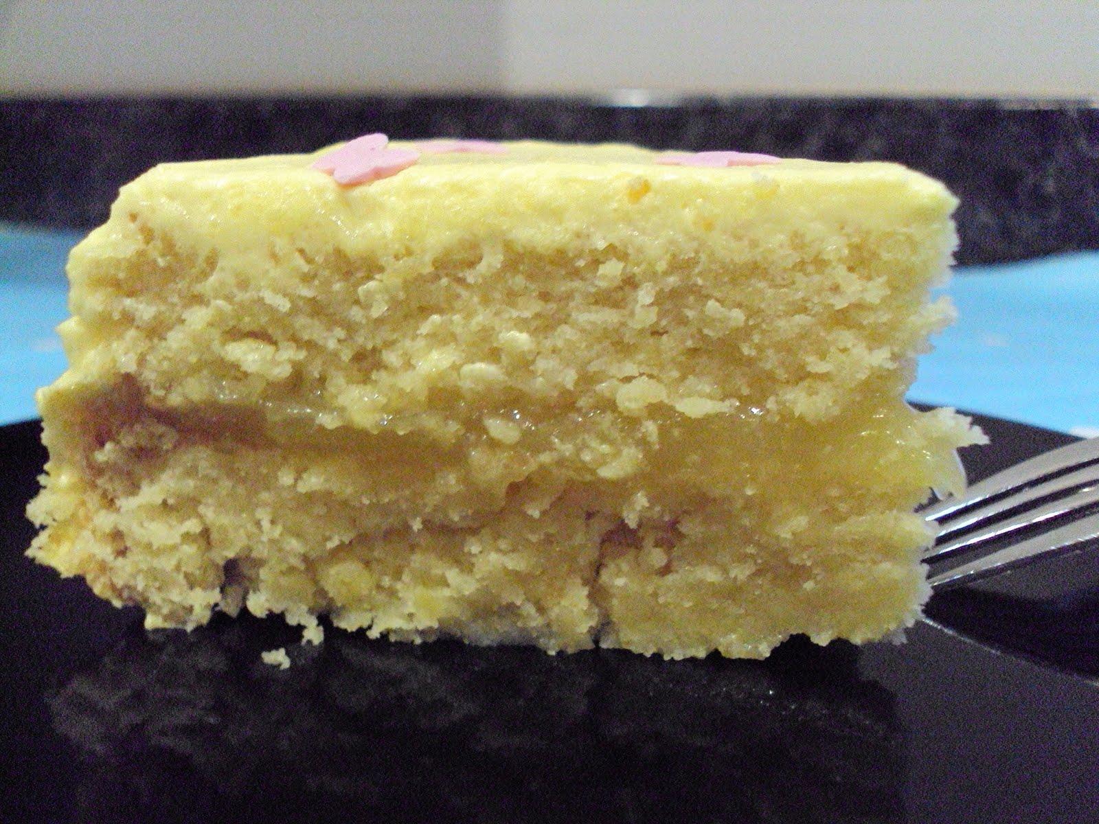 Belle S Bakehouse Lemon Sponge Cake