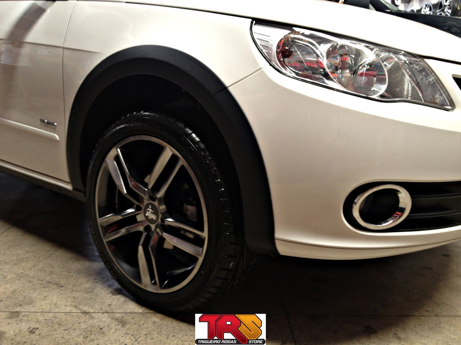 VW Saveiro: Rodas Boccanera r17