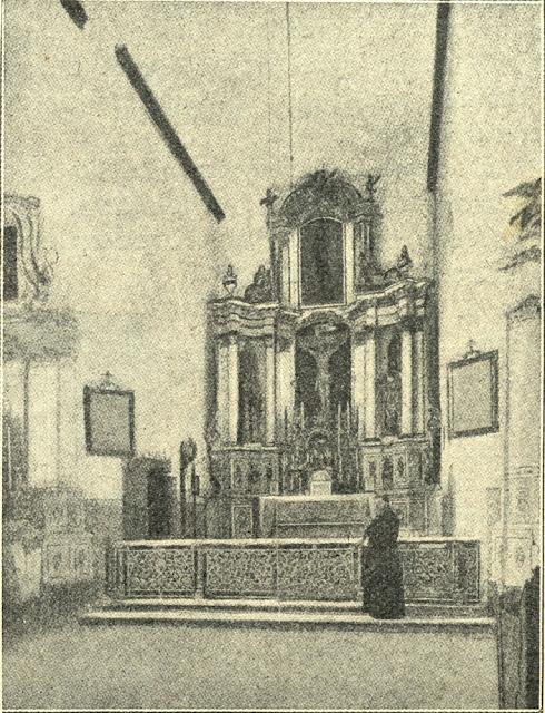 Ołtarz kościoła parafialnego w Gielniowie. Fotografia z tygodnika Ziarno, nr 7 z 15.02.1907 r.