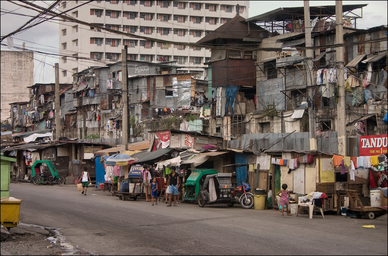 fast fact on poverty in philippines Poverty in the philippines  the report indicated that the autonomous region in muslim mindanao (armm) ranked as the worst national region with poverty levels in its provinces ranging from 42 percent to 47 percent the region with the lowest incidences of poverty was the national capital region (ncr), averaging around 39 percent.