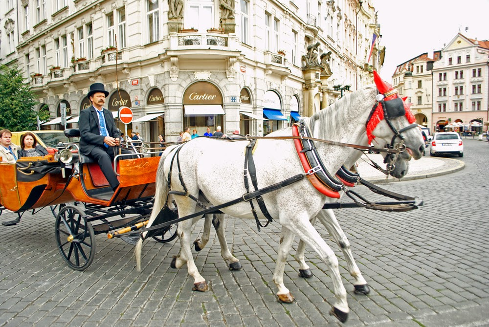 carriage ride prague