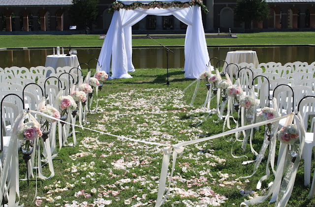 Saratoga Hall of Springs Ceremony Chuppah & Hanging Flower Vases - Splendid Stems Event Florals