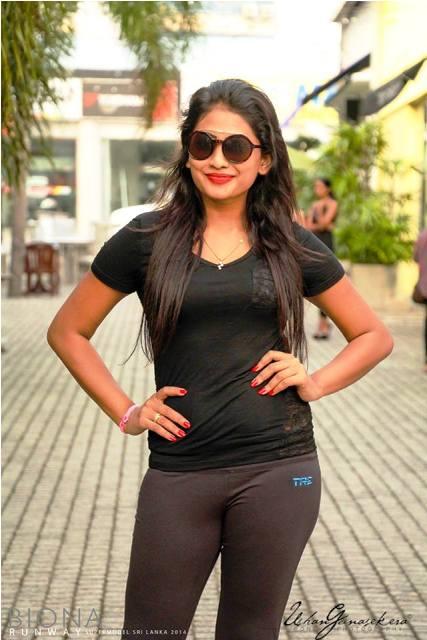 Piumi Hansamali sexy look