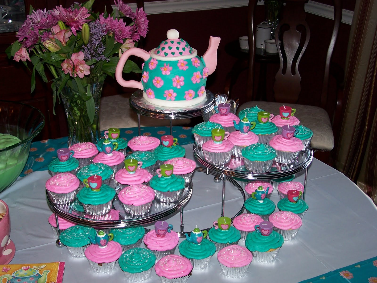 Heather Calvin Cakes Tea Party Birthday