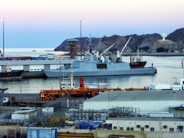 muskat limanı gemiler