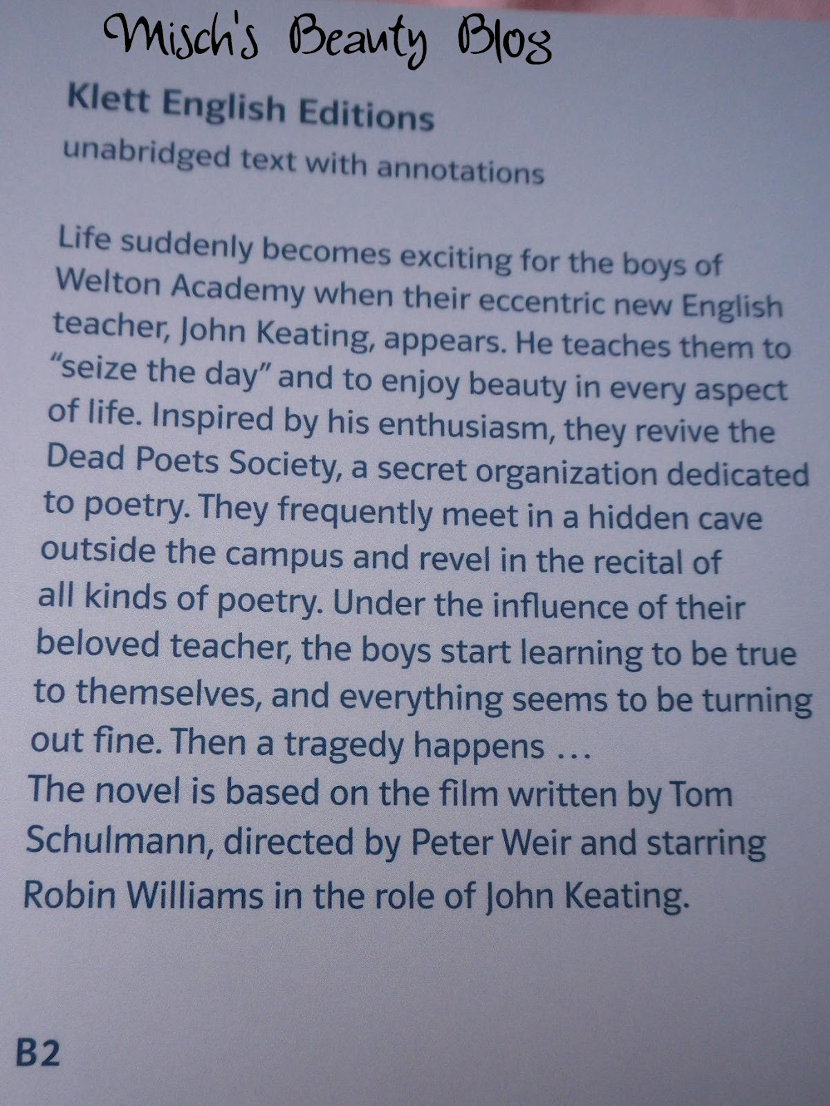 dead poets society essay An analysis of david williamson's dead white males and peter weir's dead poets society reveals that gender, class and race do determine who has access to power in these particular texts, institutions such as universities and schools fail to enforce this power.