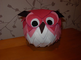 Felt scrap owl, owl