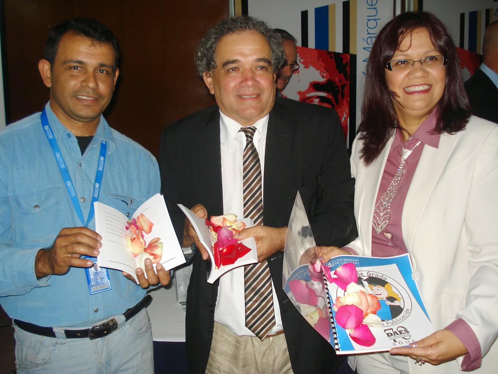 Los libros bautizados corresponden a la compilación de los textos ganadores de Concursos Literarios 2012 y 2013.