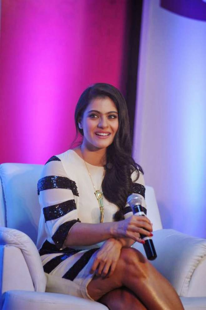 Kajol Hot Thigh Wallpapers