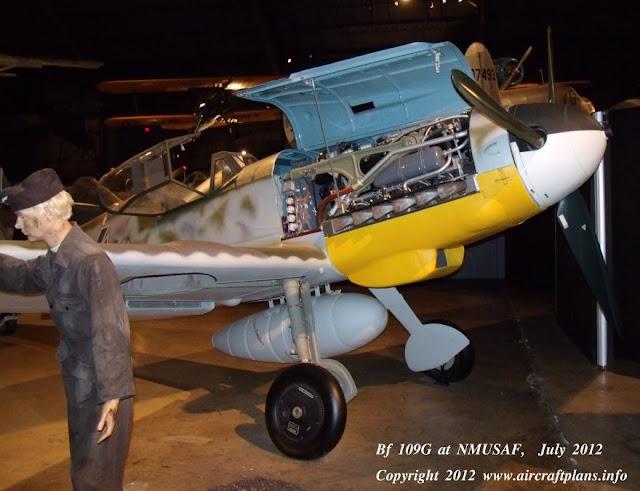 Bf 109G walk around engine detail