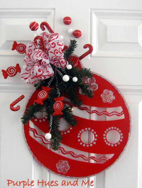 Dollar tree christmas link party features and 100 ideas for Handmade christmas door decorations
