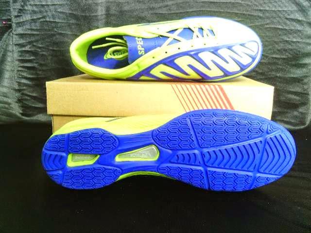 Sepatu Futsal Specs Swervo Shark In