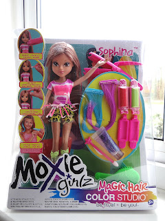 Moxie Girlz, Moxie Girlz Magic Hair Color Studio, hair design dolls