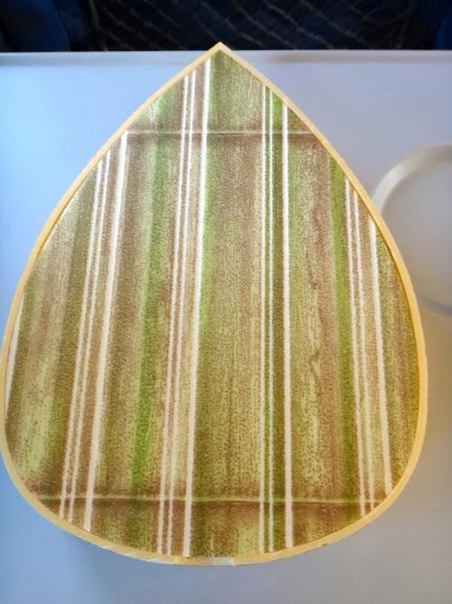 春旬たけのこ御飯、竹模様の蓋。