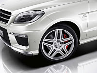 2011 Mercedes M-class ML63 AMG Official Press Image Photo Picture unveiled not mule head lamp front light