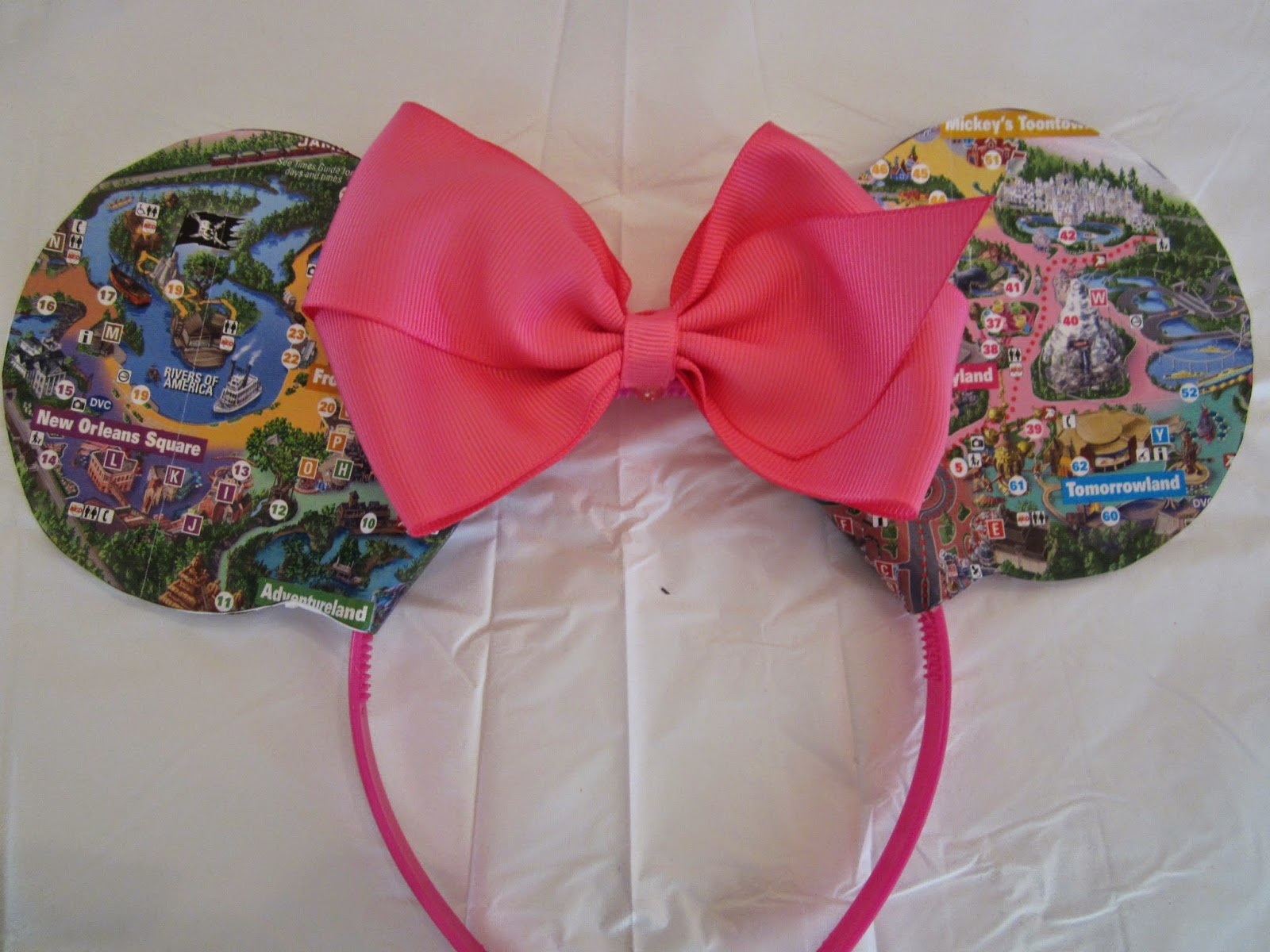 DIY: Park Map Minnie Ears