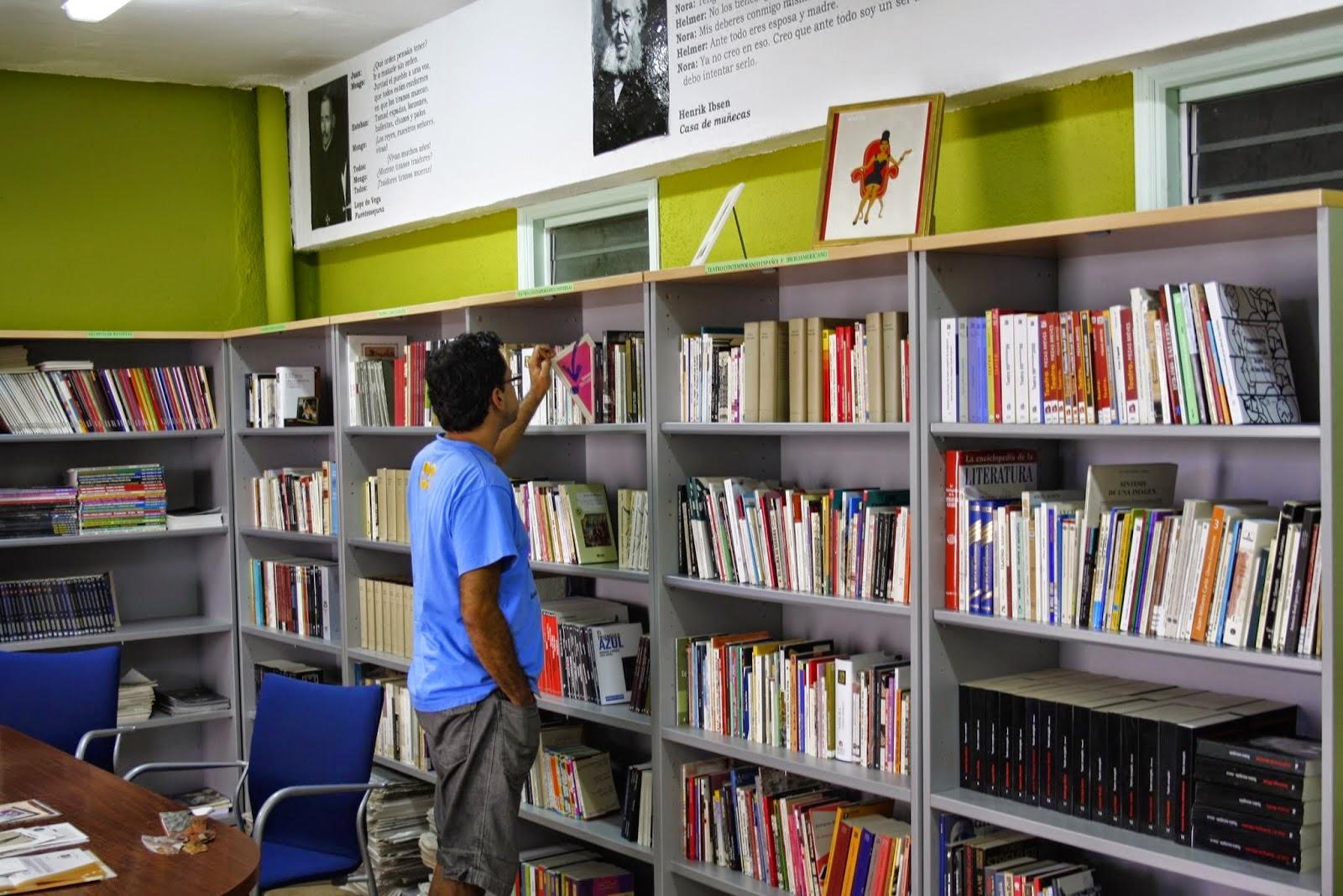 La Biblioteca de Teatro Antonio Abdo abrirá de lunes a viernes gracias a que albergará la oficina del Servicio de Patrimonio