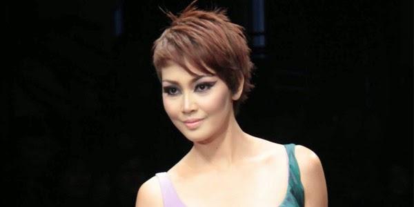 Fenita Arie Rambut Pendek Model Baru