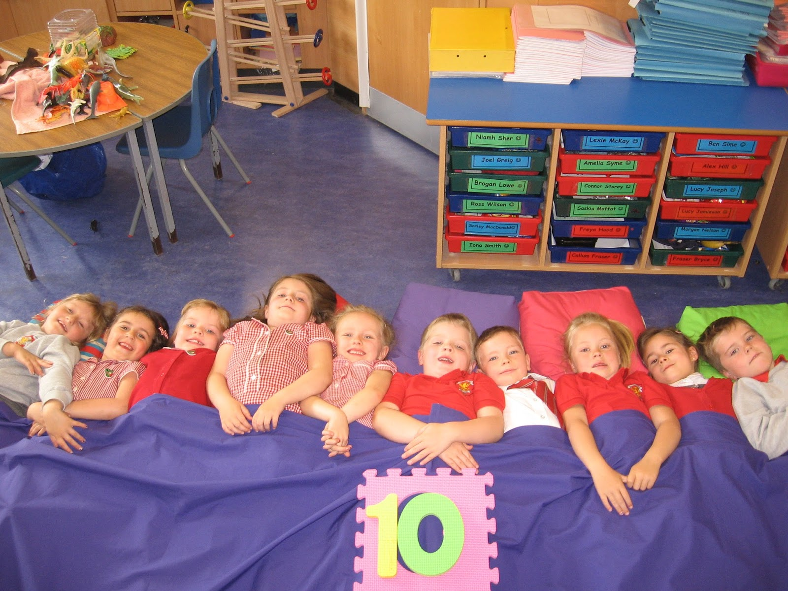 10 In The Bed 28 Images Ten In The Bed Counting Activity Teaching Resource Ten In The Bed