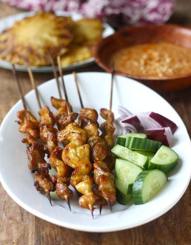 Malaysian Chicken Satay by SeasonWithSpice.com