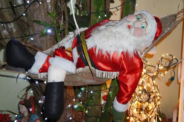 foto 2 - entrada da casa decorada para o Natal - rua Álvaro Alvim, cidade de Santos