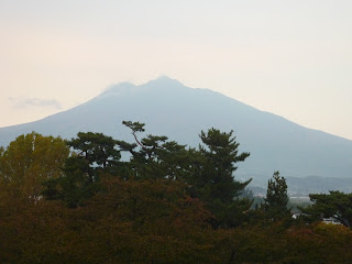 Close up view of Mount Iwaki from Hirosaki Park