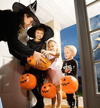 Safe Trick Or Treating Tips for Halloween
