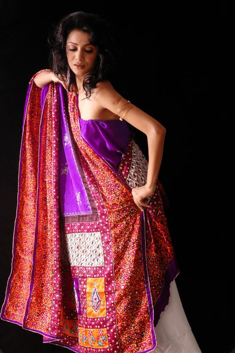 Bridal sarees indian bridal sarees bridal sarees for parties - Shez Fashion Printed Silk Sarees Silk Saree Designs