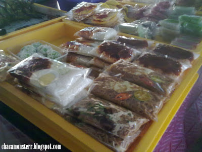 nasi lemak, kueh tiaw