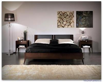 На фото спальная кровать модели 5022 от фабрики Phillipp Selva Home.
