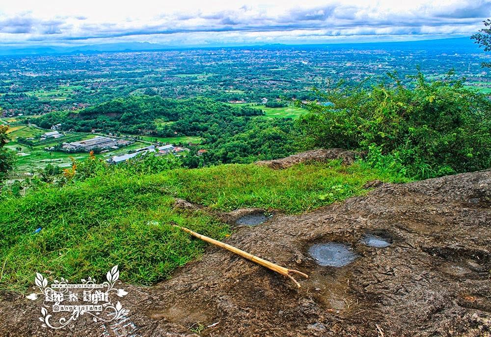 Mbucu Hills