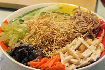 Vietnamese Recipes Vegetarian - Nộm Thập Cẩm Chay