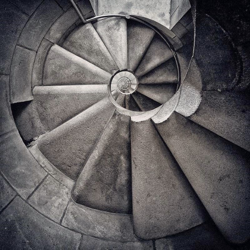 "8. ""Vortex"" – Vincent Spanneut - 15 Mesmerizing Examples of Spiral Staircase Photography"