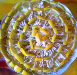 Салат с мандаринами и сыром