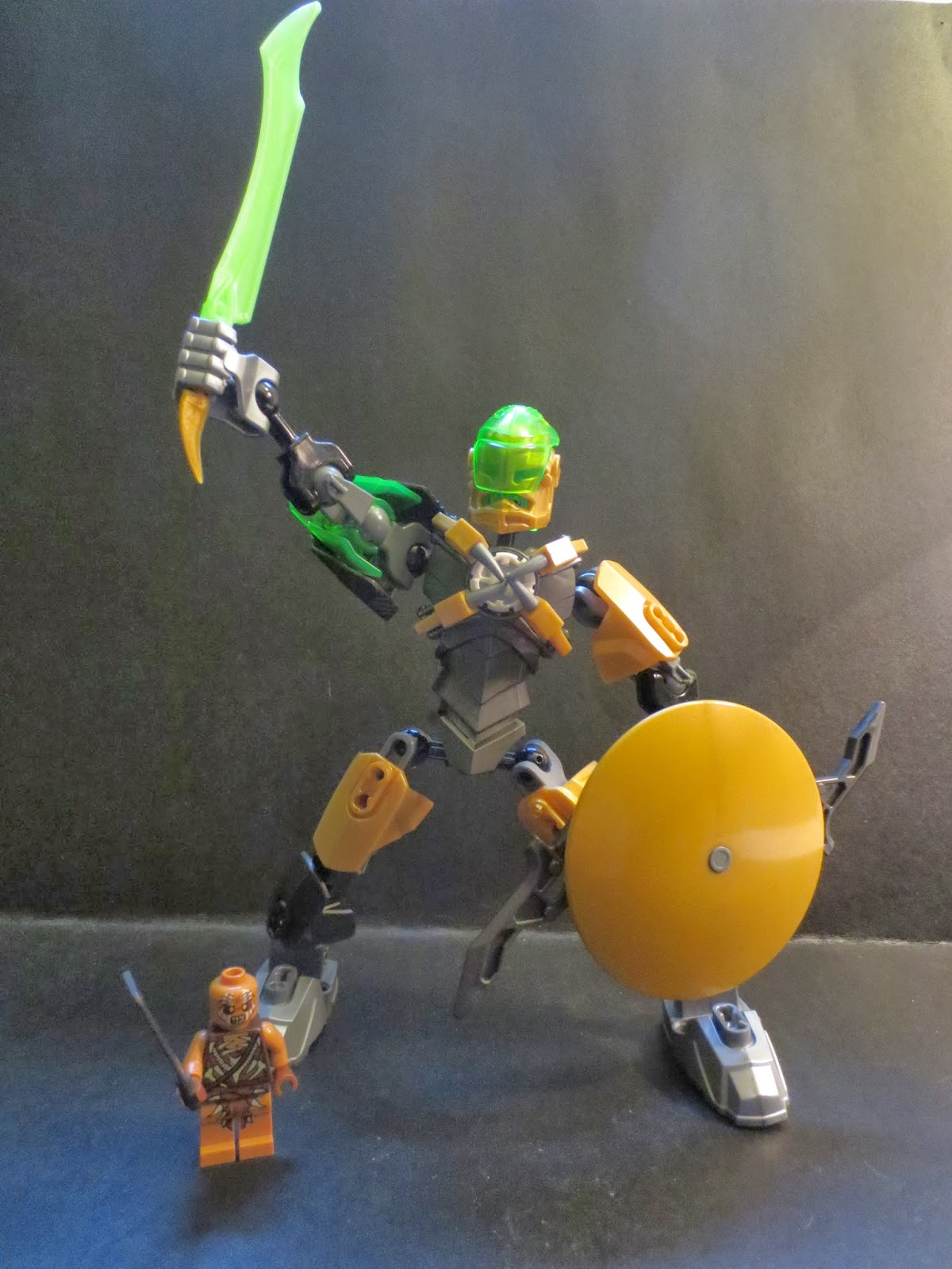 The Epic Review Lego Review Rocka From Hero Factory Brain Attack