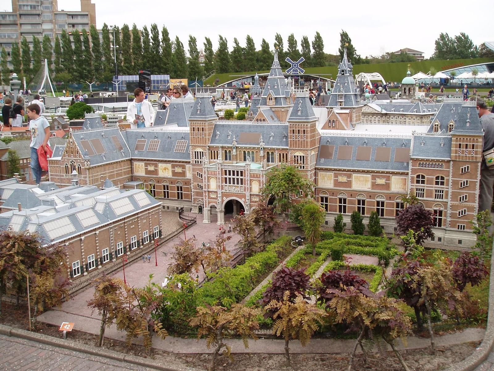 Madurodam, parque en miniatura con los monumentos holandeses.