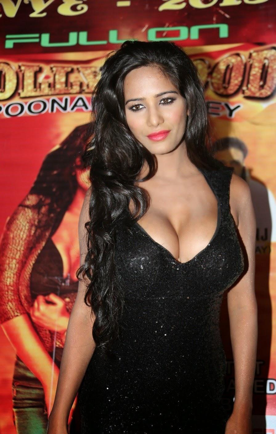 Bollywood Actress Poonam Pandey Latest Hot Stills 14 Vahida