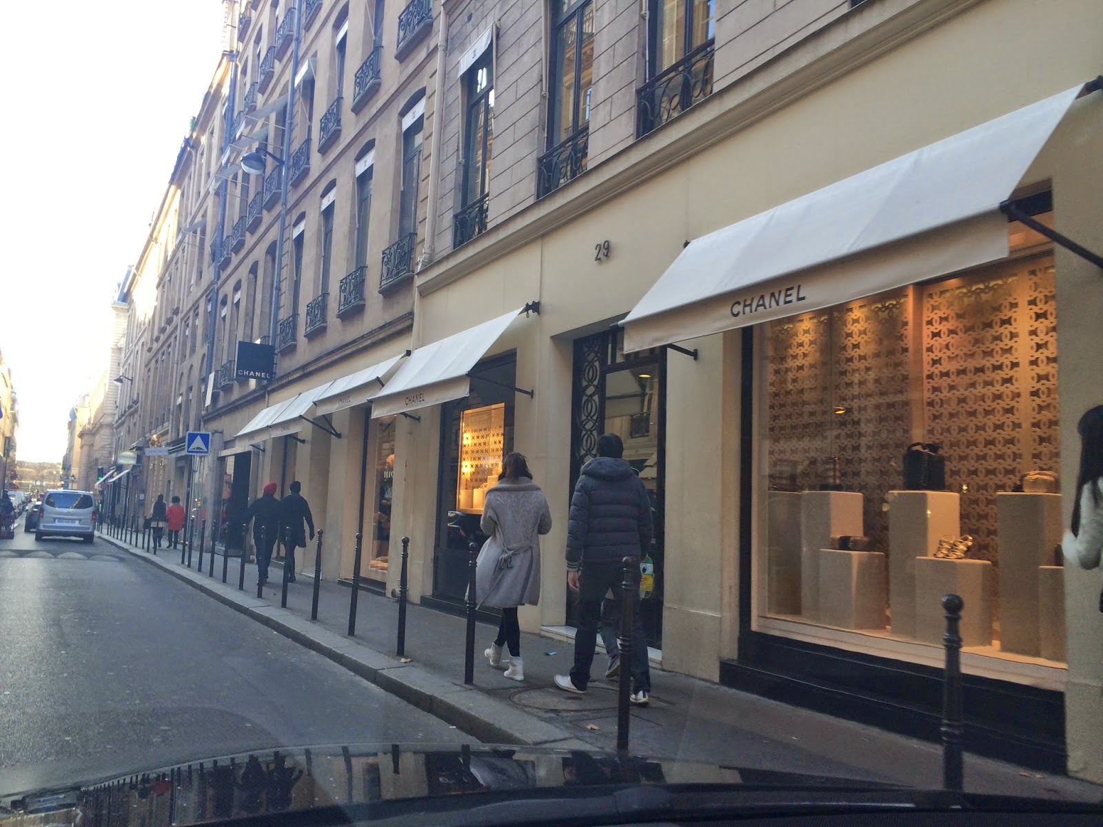 31 rue cambon paris hollie hobin for Chanel locations in paris