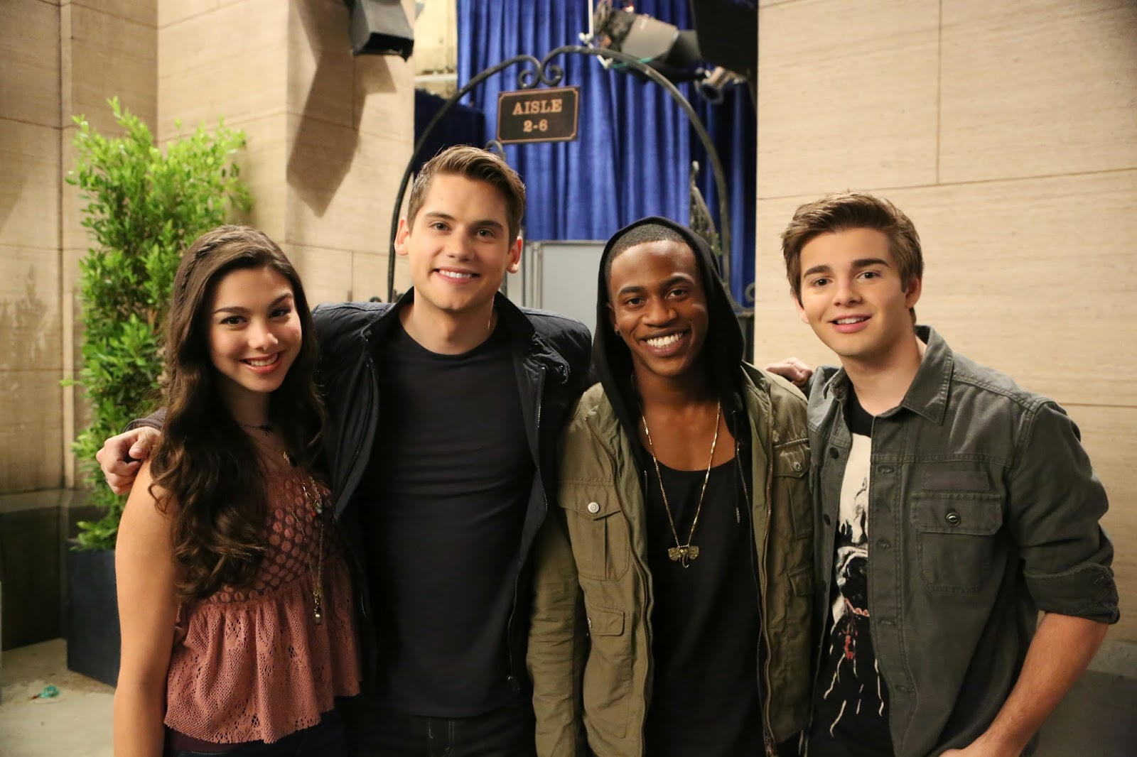 In the brand new the thundermans episode shred it go everybody s going crazy for the coolest band in town however phoebe kira kosarin is devastated