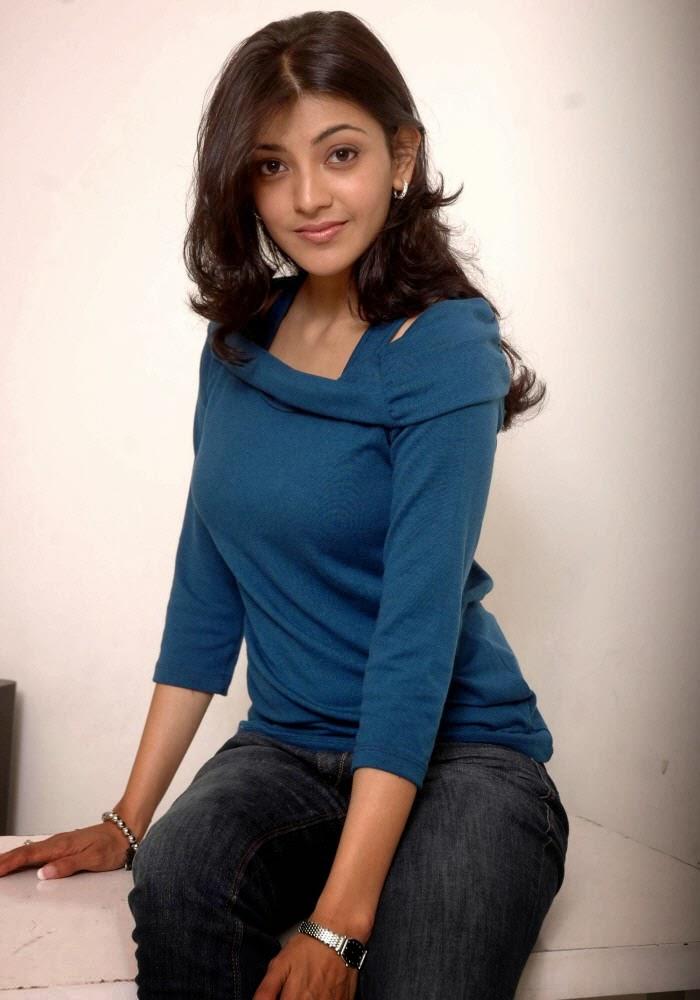 Kajal+Agarwal+in+blue+top+and+jeans004