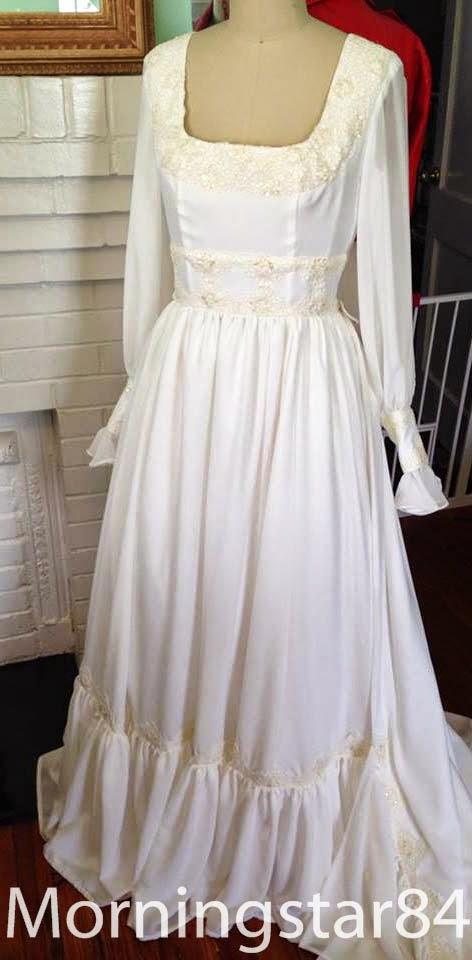 Morningstar Pinup: New 1970s Style Wedding Dress & Flowergirls Dresses