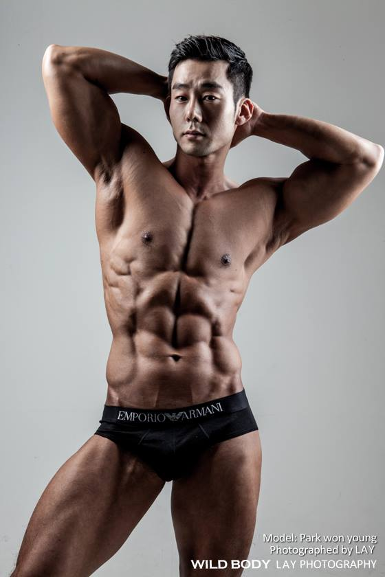 asian muscle gay