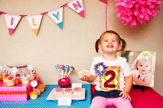 Momen Ulang Tahun Ke 2 Bayi Perempuan