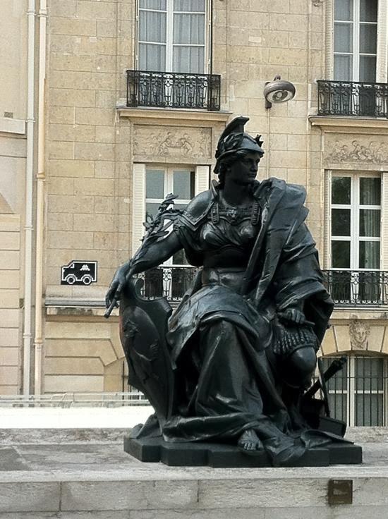 """Escultura """"Los seis continentes"""". Musée d'Orsay, París"""