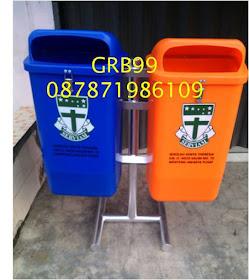 """Tong Sampah HDPE Tutup Berkancing,Tiang Pipa Diameter 2"""", Breket Almunium 3 mm"""