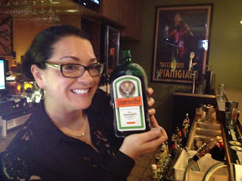 Flash: Erin from Pete's Bartending Thanksgiving Night on Pearl Street