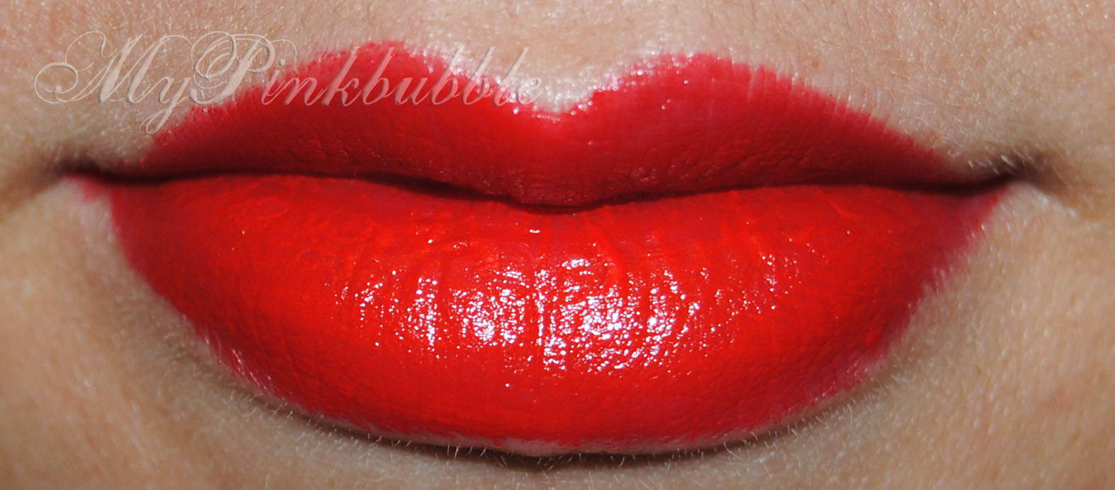Avon ultra colour bold red extreme swatch